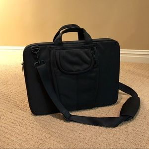 Laptop bag. Brand new, never used in perfect cond